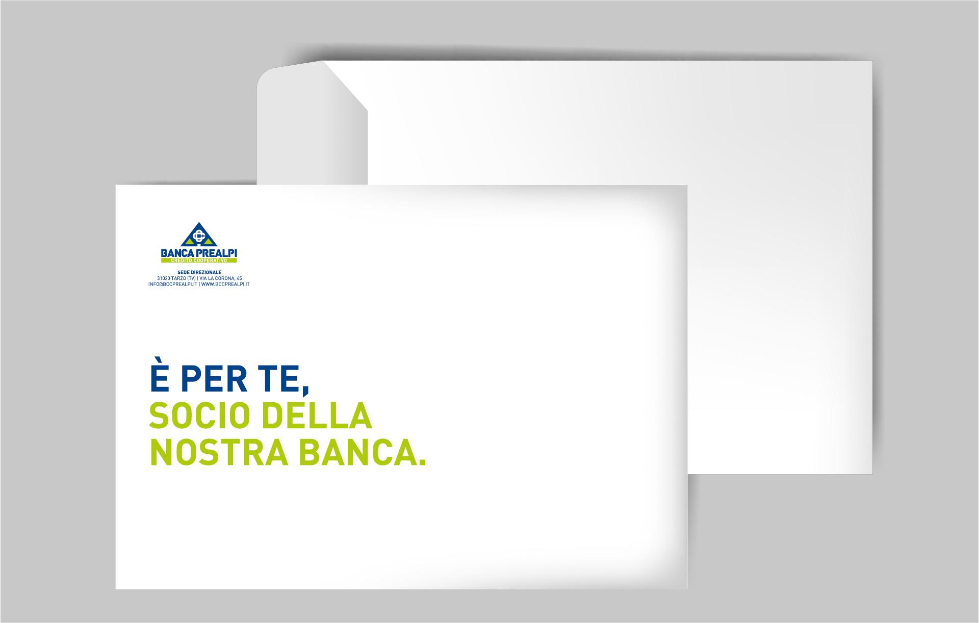 Progettazione grafica busta Banca Prealpi SanBiagio | Kora Comunicazione